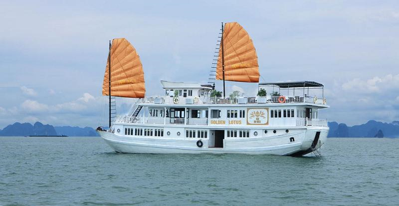 tour ha long du  thuyền golden lotus